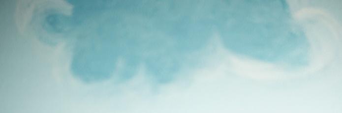 رسم الغيوم في السقف والجدران